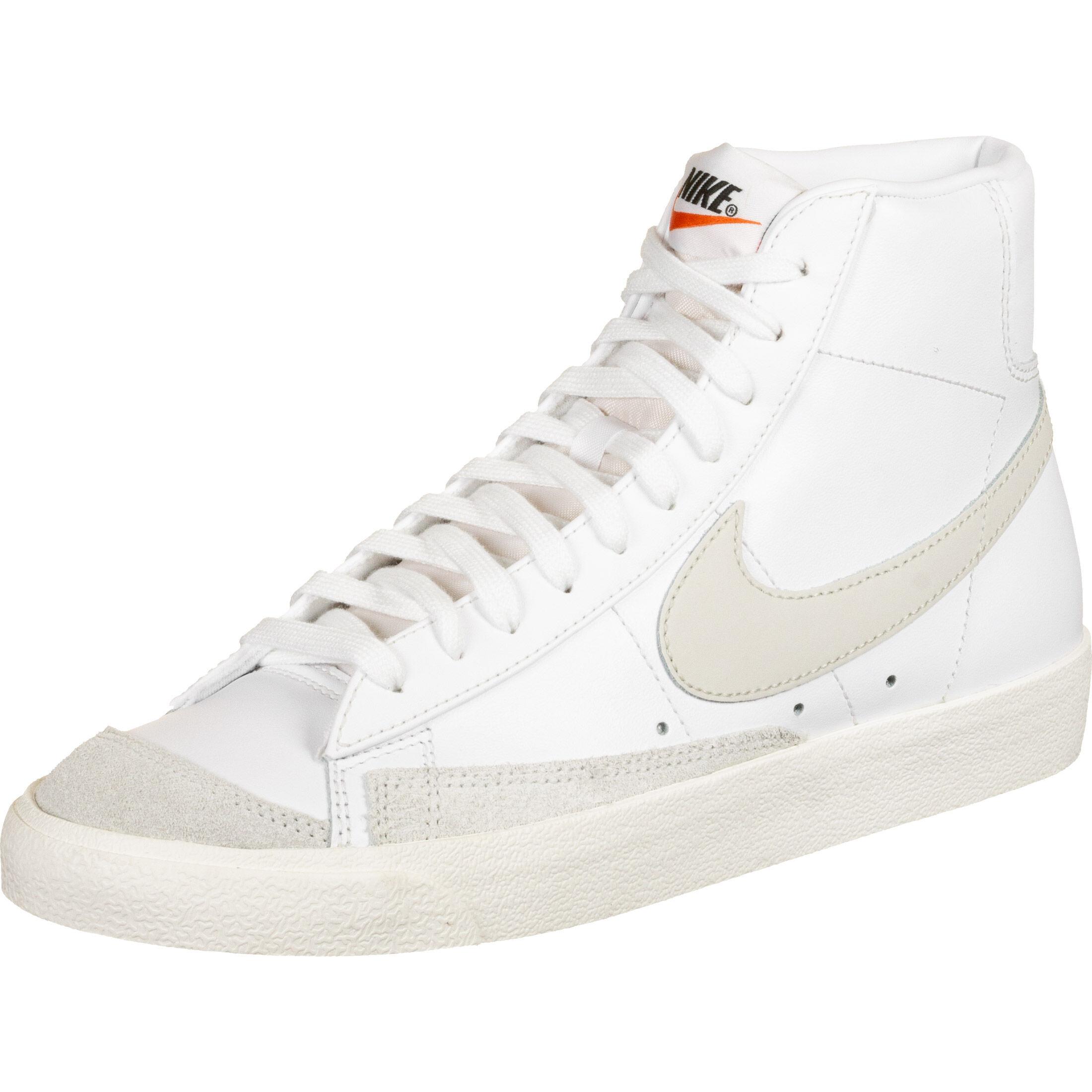 Nike Blazer Mid 77 Vintage - Basketball at Stylefile